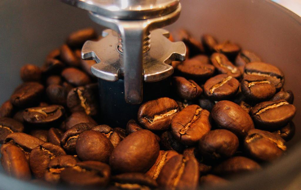 Espresso Bohnen mahlen
